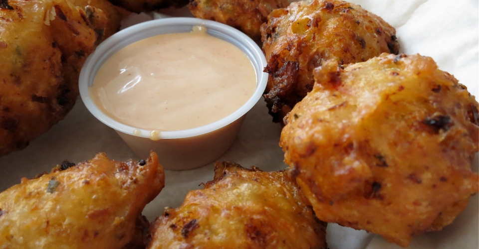 Dining-05-fried-conch-fritters