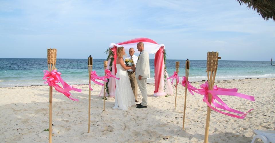 wedding on the beach (4)